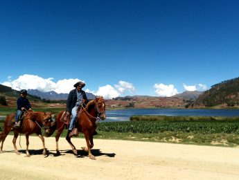 Cusco horseback riding tours